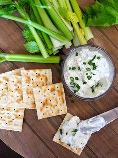 Dip med blåmuggost og feta Feta, Tahini, Hummus, Camembert Cheese, Tapas, Side Dishes, Snacks, Dinner, Dining