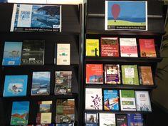 """Expositor temático para el """"Dia Mundial del Turismo"""" en la Biblioteca Campus Gandia-CRAI"""