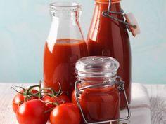 Ketchup aus frischen Tomaten ist ein Rezept mit frischen Zutaten aus der Kategorie Fruchtgemüse. Probieren Sie dieses und weitere Rezepte von EAT SMARTER!