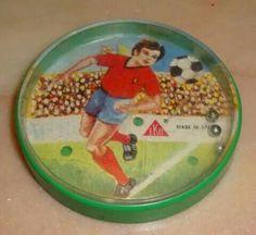 Bolitas de Eko. Vintage soccer coaster
