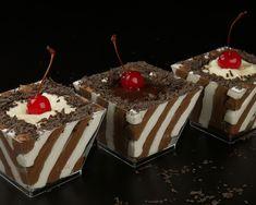 Η πιο εύκολη και γρήγορη συνταγή για Νόστιμο γλυκό ψυγείου με σοκολάτα και βανίλια Cookbook Recipes, Cooking Recipes, Party Desserts, Greek Recipes, Candy Recipes, Custard, Cheesecakes, Cake Cookies, Deserts