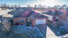 1810 Topsail Dr, Columbia, MO 65202 l 3BR, 2BA $119,900, 1457 SQ FT l This beautiful and well-kept 3 bedroom, 2 bath home has just under 1500 square feet of virtually maintenance-free living. l Contact Joel Gast (573)-424-8787 l http://www.houseofbrokers.com/p/53/374965