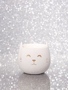cute cat candle Cat Candle, Cosy, Candle Holders, Interiors, Candles, Inspiration, Design, Biblical Inspiration, Porta Velas