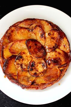 Caramelized Upside-Down French Sweet Potato Pie {Tarte Tatin} #FallFest #Thanksgiving #SweetPotato