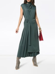 Joseph Birley Faltenrockkleid - [board_name] - Kleid Nice Dresses, Casual Dresses, Short Dresses, Skirt Outfits, Dress Skirt, Hijab Fashion, Fashion Dresses, Hijab Stile, Flare Dress