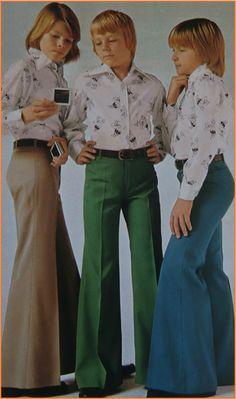 Utsvängda gabardinbyxor + skjorta i polyester Ad Fashion, High Fashion, Vintage Fashion, Vintage Style, Collage Illustration, Textiles, Retro Design, Hippie Style, Vintage Photos