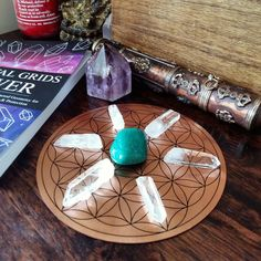 Many Crystal Grids work by amplifying crystal energies with Quartz Crystals