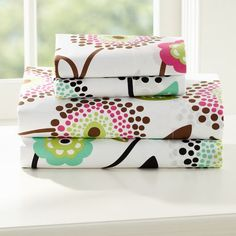 Fun and colorful Twin XL sheets for dorm living - Dandy Dot Organic Sheet Set   PBteen