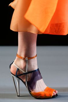Fendi Spring 2014 RTW - Details - Fashion Week - Runway, Fashion Shows and Collections - Vogue