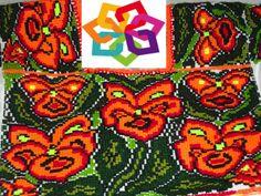 Michoacán te comenta: En las Regiones de Pátzcuaro, Zamora y Uruapan, son más fáciles encontrar rebozos, jorongos, manteles, entre otras prendas de bordado, ya que en la antigüedad las mujeres eran las encargadas de confeccionar la indumentaria de la comunidad, tradición que hasta la fecha se sigue conservando en diferentes Regiones de Michoacán.