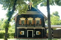House in Russian Colony Colonial, Germany, Europe, Cabin, House Styles, Travel, Home Decor, Potsdam, Viajes