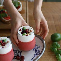 Panna Cotta, Ethnic Recipes, Baking, Food, Drink, Kitchens, Dulce De Leche, Meal, Patisserie