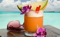 aarp brings on some decent cocktails! Summer Cocktails, Cocktail Drinks, Cocktail Recipes, Drink Recipes, Orange Cocktail, Party Drinks, Healthy Recipes, Bon Weekend, Weekend Days