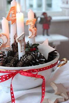 DIY Advent Wreath Centerpiece