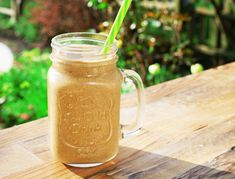 MORNING DETOX COFFEE SMOOTHIE