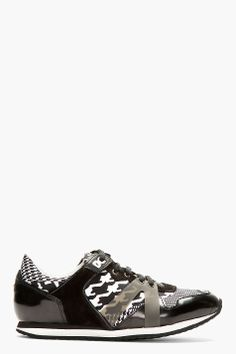 MCQ ALEXANDER MCQUEEN Black Patent Leather & Textile Sneakers