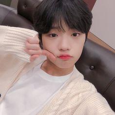 Son Dongpyo Produce X 101 Yohan Kim, Please Love Me, Auxerre, Dsp Media, Korean Boy Bands, K Idol, Ulzzang Boy, Kpop Boy, Cute Boys