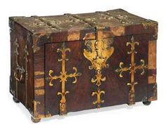 A NORTH EUROPEAN KINGWOOD AND BRASS BANDED COFFRE-FORT  LATE 17TH CENTURY