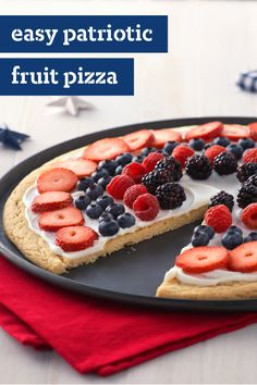 Easy Patriotic Fruit Pizza – Summer berries and cream cheese represent the red, white and blue in this scrumptious (and very patriotic-looking) fruit pizza. This dessert recipe will send off fireworks at your 4th of July party.