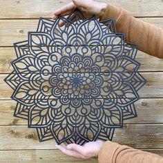 Islamic Art Pattern, Mandala Pattern, Pattern Art, Wood Carving Art, Wood Art, Outdoor Metal Wall Art, Art Deco, Mandala Stencils, Amazing Art