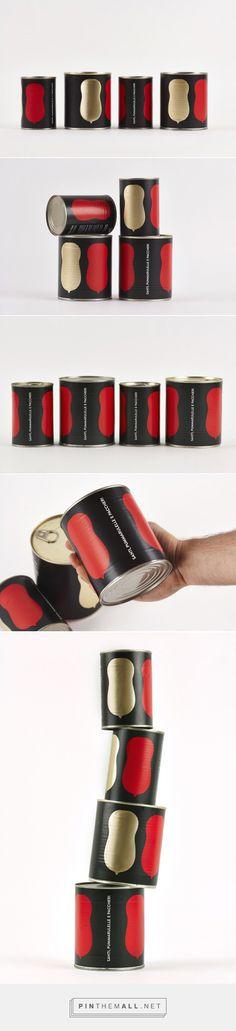 Saints, Pummarulelle & Paccheri #tomato #packaging designed by nju:comunicazione - http://www.packagingoftheworld.com/2015/04/saints-pummarulelle-paccheri.html