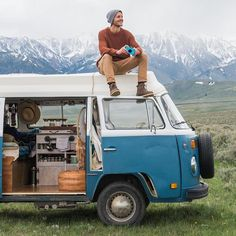 Photo @thenomadicpeople #vanlifers #vanlife #kombi  ✈✈✈ Don't miss your chance to win a Free Roundtrip Ticket to anywhere in the world **GIVEAWAY** ✈✈✈ https://thedecisionmoment.com/free-roundtrip-tickets-giveaway/