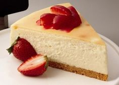 A simplistic rich and creamy cheesecake recipe that any one can enjoy.