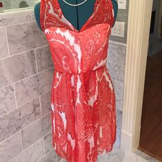 NWT Milly red printed silk floral summer dress 8 Beautiful and never worn. Purchased at Saks. 100% silk. Great Derby, Garden Party, Wedding guest dress!❤️🎉💃 Milly Dresses Midi