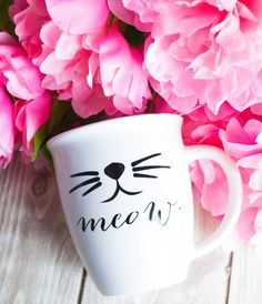 Meow Coffee Cup Mug Cat Whiskers Funny by foxandcloverboutique My Coffee, Coffee Cups, Cat Coffee Mug, Morning Coffee, Diy Mugs, Sharpie Mugs, Cute Cups, Cup Art, Cat Whiskers