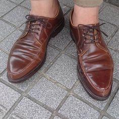 2017/06/07 16:28:53 rifare2007 Ludwig Reiter Cordovan Kastanie 当店で1年前にデビュー以来、ヘビロテしてます。この木型の素晴らしさは履いて初めて実感できます。 一度、お試しください。  #足元倶楽部#足元くら部 #リファーレ#靴#靴修理#ルーディック#ルーディックライター#コードヴァン#コードバン#ホーウィン#レアカラー#オールデン  #rifare#shoes#shoeporn#shoestagram#shoesoftheday#shoesnob#shoegazing#ludwigreiter#cordovan#horween#heinrichdinkelacker#shoes#alden