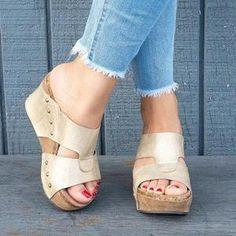 Women Shoes Platform Slippers Wedge Beach Flip Flops High He Flip Flops Uk, Beach Flip Flops, Flip Flop Shoes, Closed Toe Sandals, Wedge Sandals, Leather Sandals, Shoes Sandals, Flats, Eyes