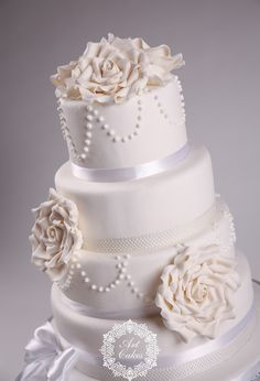 white beauty. White wedding cake with vintage white roses and pearls. www.artcakes.sk