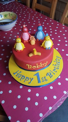 1st birthday cake #twirlywoos