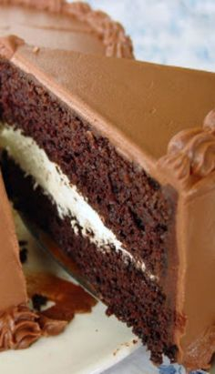 Triple Chocolate Cake Recipe #delicious #recipe #cake #desserts #dessertrecipes #yummy #delicious #food #sweet