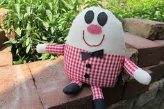 Sewing Secrets: Humpty Dumpty Softee -- sweet children's gift especially when paired with a storybook!