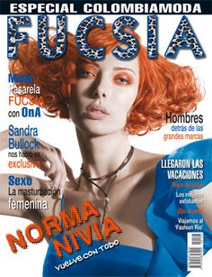 FUSCIA: (Spanish: Fuchsia) is a Colombian-based monthly magazine. It is Colombia's leading women's fashion magazine. Sandro, Monthly Magazine, Simply Fashion, Tips Belleza, International Fashion, Wedding Styles, Womens Fashion, Fashion Magazines, Magazine Covers