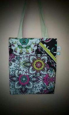 Para todos... Diaper Bag, Reusable Tote Bags, Fashion, Fashion Accessories, Moda, Mothers Bag, Fasion, Fashion Illustrations, Fashion Models