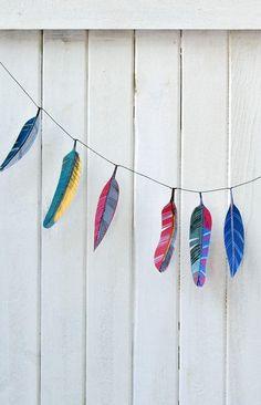 feather garland decoration