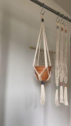 Macrame Plant Hanger Patterns, Macrame Wall Hanging Patterns, Macrame Plant Holder, Macrame Patterns, Macrame Design, Macrame Art, Macrame Projects, Macreme Plant Hanger, Plant Hangers