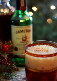 Eggnog Cocktail with Kahlua. The perfect cocktail for Christmas or New Year's Eve combines eggnog with Kahlua and Jameson Irish Whiskey. Whiskey Cocktails, Cocktail Drinks, Cocktail Recipes, Eggnog Cocktail, Drink Recipes, Jameson Drinks, Irish Cocktails, Coffee Recipes, Christmas Friends