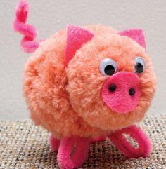 20 adorables bricolages à faire avec les enfants... Avec des pompons! - Brico enfant - Trucs et Bricolages Pig Crafts, Yarn Crafts, Arts And Crafts Projects, Crafts For Kids, Pom Pom Animals, Pom Pom Crafts, Crochet Slippers, Diy Hairstyles, Crochet Projects
