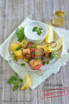 barbecue vegan - brochettes tofu, poivron et ananas #barbecue #vegan  http://www.la-gourmandise-selon-angie.com/archives/2016/06/09/33779343.html