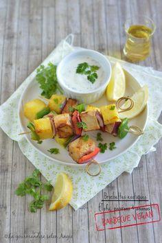 barbecue vegan - brochettes tofu, poivron et ananas #barbecue #vegan…