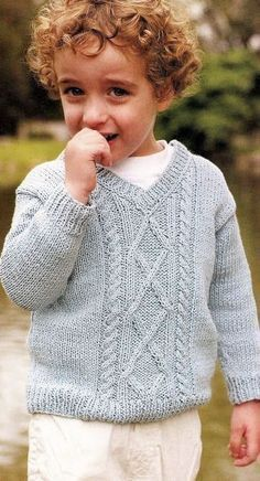 Discover thousands of images about pullover varon Baby Knitting Patterns, Knitting For Kids, Knitting For Beginners, Baby Patterns, Knit Baby Sweaters, Girls Sweaters, Crochet Baby, Knit Crochet, Knitwear