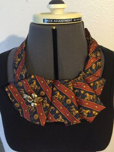 Collana cravatta upcycled
