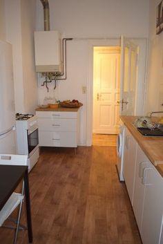 Berlin - Wohnungssuche - große 2 Zimmer Wohnung - WG geeignet - ab sofort zu vermieten.  Große 2 Zimmer Wohnung - WG geeignet - 90 qm - mit EBK - ab sofort in Berlin zu vermieten.  Kontakt und Informationen finden Sie unter: http://www.miettraum.com/86922112