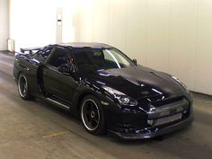 GTR... I am so in love with this car!