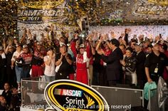 Tony Stewart Wins 2011 NASCAR Chase Photography by Json Cable dirdpkc dingehet497 helmeddouce305