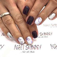 Stylish Purple Marbled Nails #promnails