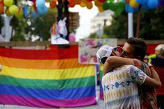 Nagyobb atrocitások nélkül ért véget a 20. Pride fesztivál. Hírek és képgaléria az Origo.hu-n